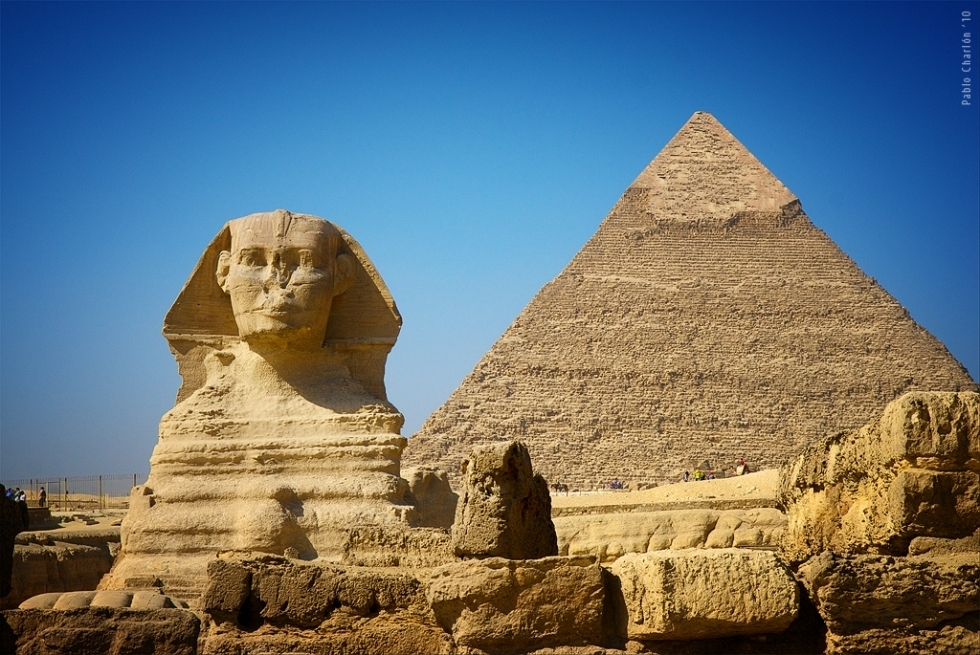 an introduction to the history of pyramids of egypt The last remaining of the seven wonders of the ancient world, the great pyramids of giza are perhaps the most famous and discussed structures in history.